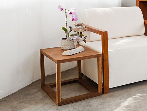 product-side-tables